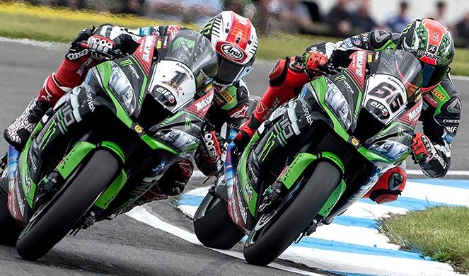 Jonathan Rea recupera la supremacía llevándose el triunfo en Inglaterra de Superbike.
