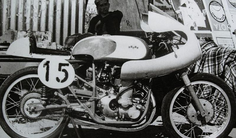 Moto Paton, más de sesenta años en las carreras