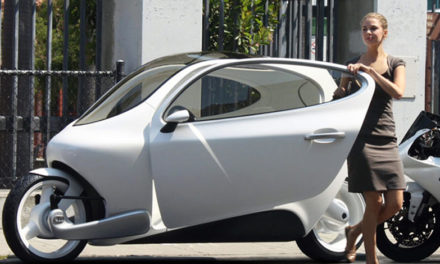 C1, el coche-moto que no vuelca, llegará en 2018