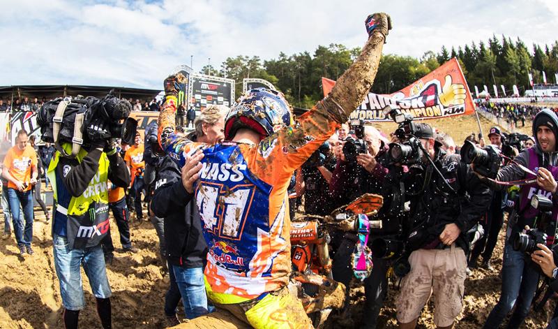 Pauls Jonass se declara campeón absoluto de MX2