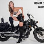 Motos, moda y la figura de Carol Valencia