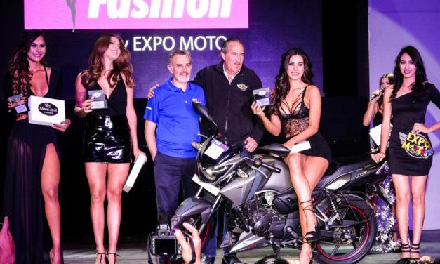 TVS entrega dos motocicletas en honor al altruismo de la Gran Rodada y a la belleza de Moto Fashion