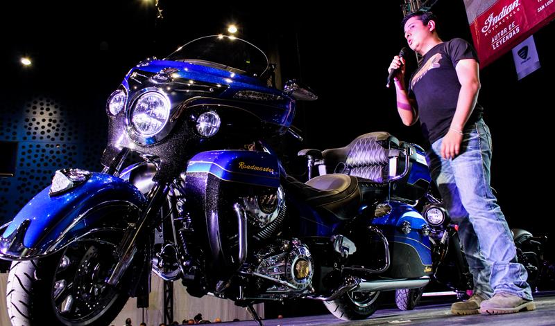 Indian Motorcycles presentó en el WTC la Roadmaster Elite: una motocicleta que vale oro
