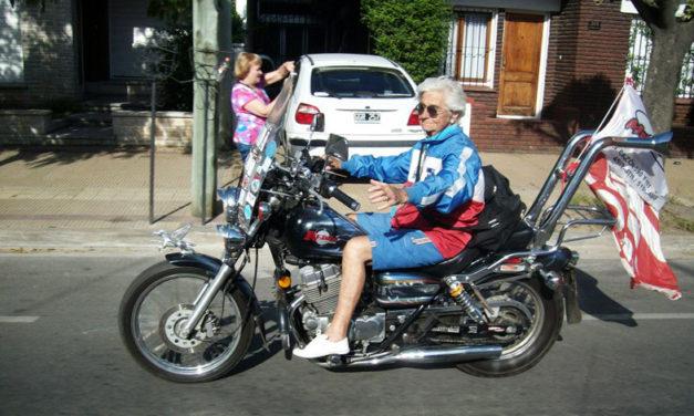El motociclismo, la segunda vida de Nélida Iglesias