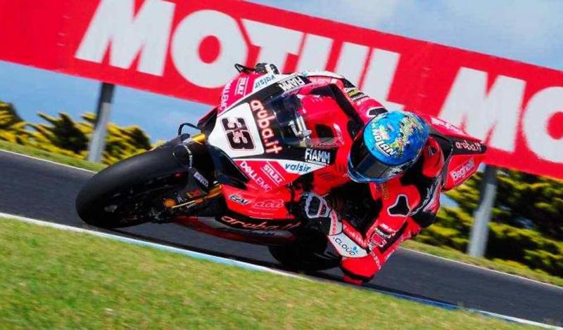 Marco Melandri, el más rápido en los  test del Campeonato Mundial de Superbike