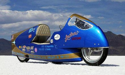 La lucha por convertirse en la moto vintage más veloz