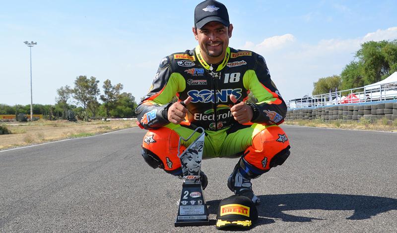 Nahún Álvarez volvió a brillar en el Campeonato Nacional de Italika Racing