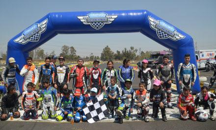 ¡Gran arranque de los campeonatos de formación de ITALIKA Racing!