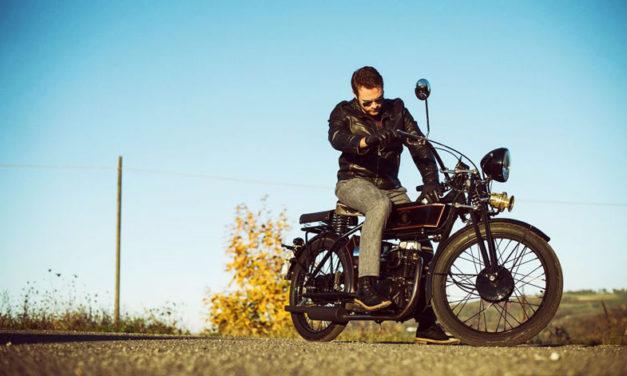 La Black Douglas Sterling, una motocicleta clásica pero con espíritu moderno