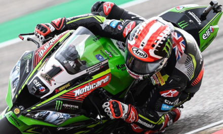 Jonathan Rea y Chaz Davies vencen en el Campeonato Mundial de Superbike en Aragon.