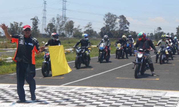 Victoria para Rodolfo Figueroa en el Superbike México