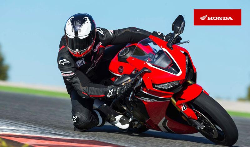 Honda acelera motores para hacer la presentación de su deportiva V4