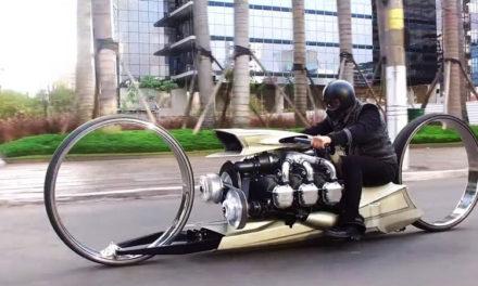 ¡Sorpréndete! Una moto con grandes ruedas y motor de avión, es lo de hoy