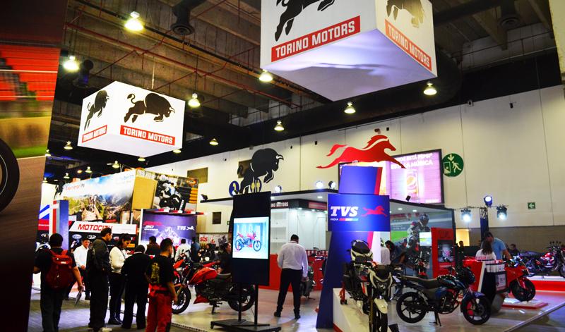 Le damos la bienvenida a Torino a  nuestro país en EXPO MOTO