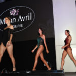 Irradia sensualidad con lencería y accesorios Moon Avril
