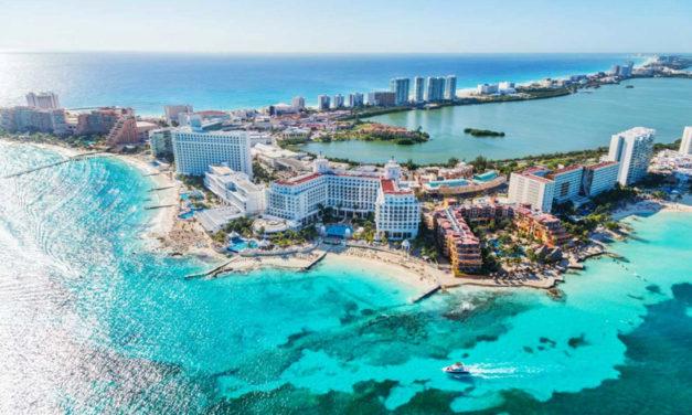 Cancún, disfruta esta navidad con los pies en la arena.