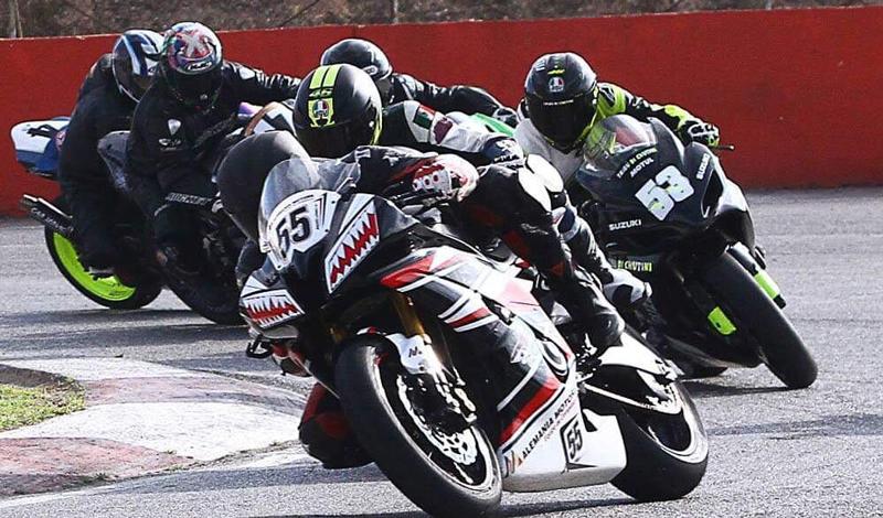 Trepidante gran final del Sportster Race Show