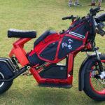 La tecnología se extiende a todos los territorios: motocicletas de golf