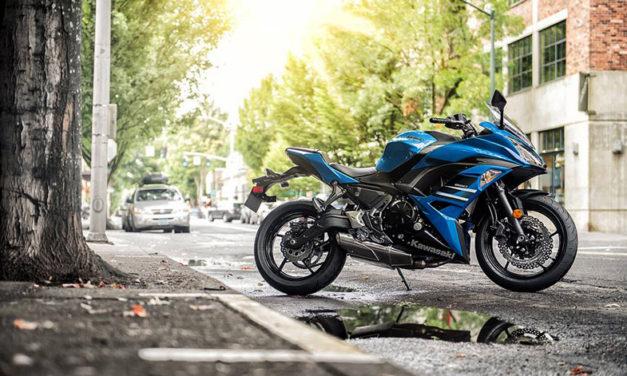 Olvídate del tráfico con la Kawasaki Ninja 650