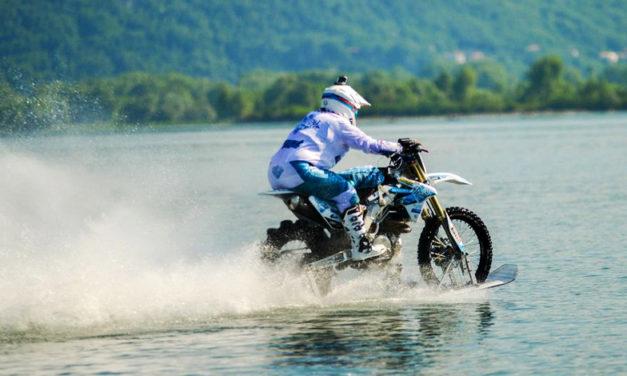 Hablar de Luca Colombo es sinónimo de: récord mundial de conducción de motocicleta sobre agua dulce