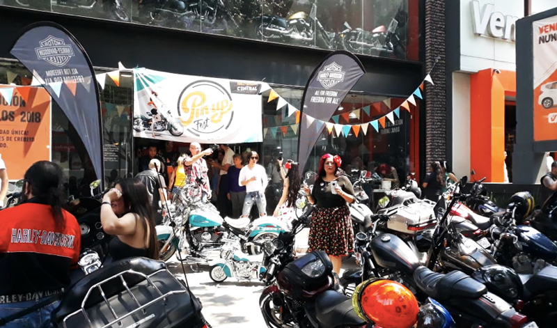 Primer Pin-up Fest by Harley Davidson