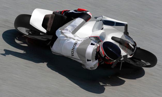 Un brazo biónico: el proyecto que dará una oportunidad a los pilotos que se han alejado de las pistas