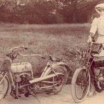 La delicada y femenina Agnes Muriel: la primera corredora de motos