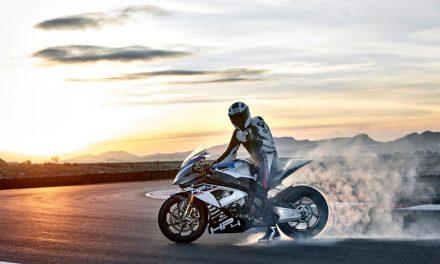 Vive una experiencia de adrenalina al estilo TT Isla de Man con la BMW HP4