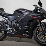 ¿Amas la velocidad? convierte en realidad esta experiencia con la HONDA CBR600RR Matte Black