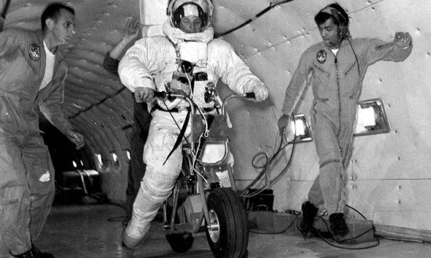 Scooter eléctrico de tierra lunar