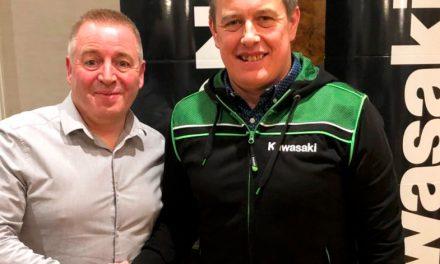 John McGuinnes y Kawasaki juntos en el TT Isla de Man 2020