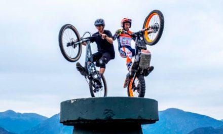 Una motocicleta o una bicicleta de montaña. ¿Quién puede más?