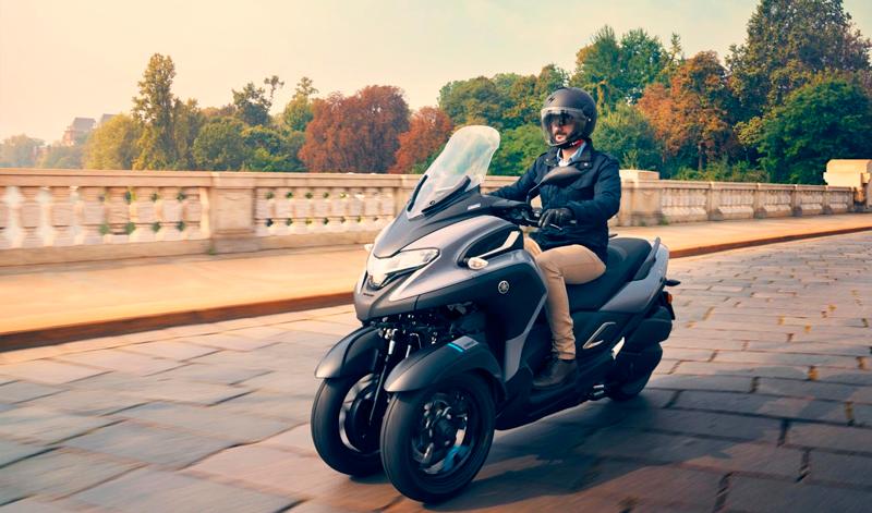 Yamaha Tricity 300 maxi scooter