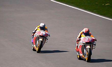 Álex Márquez derrota en la última curva a Marc Márquez, en la cuarta prueba virtual de MotoGP