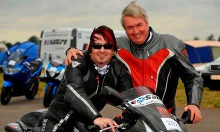 Stuart Gunn, el piloto invidente más rápido del mundo