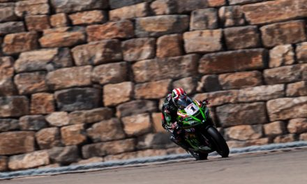 Jonathan Rea gana la segunda carrera del Campeonato Mundial de Superbikes