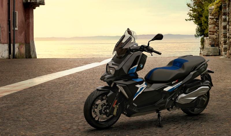 BMW presenta sus modelos C 400 X y C 400 GT