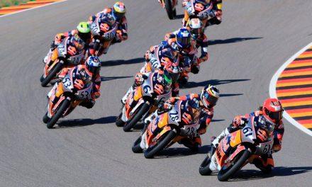 El colombiano David Alonso gana la primera carrera de MotoGP Rookies Cup