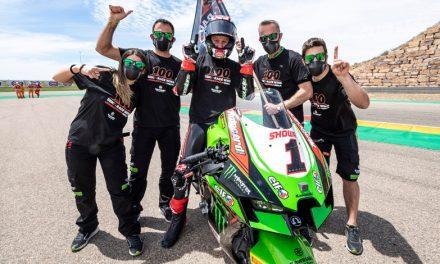 Jonathan Rea triunfa en la primera carrera de Superbikes