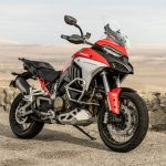 """Ducati Multistrada V4 S Gana el Premio """"La Mejor Motocicleta de 2021"""" de Robb Report"""