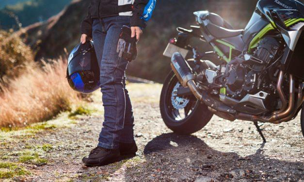 Seventy Degrees lanza colección de jeans para motociclistas