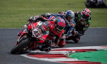 Scott Redding consigue el triunfo en el Campeonato Mundial de Superbikes