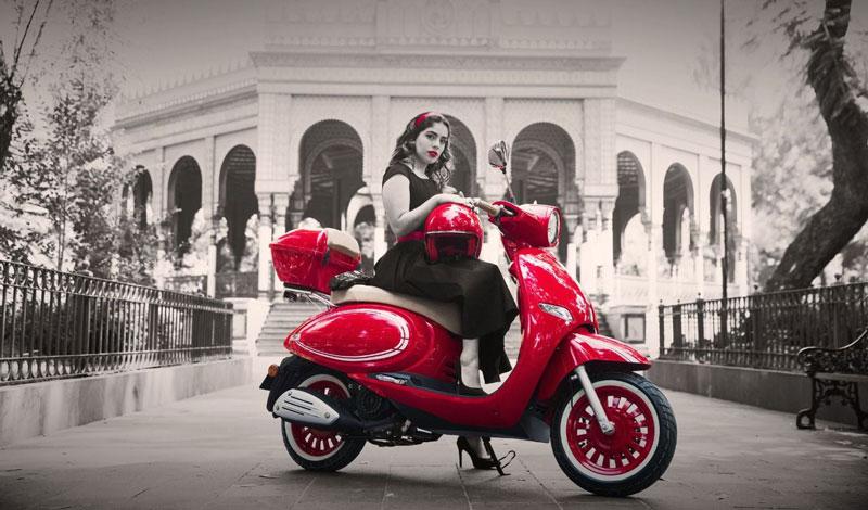 Vitalia 150 de ITALIKA en nuevo color Rojo